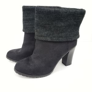 Black Boots with a knitted fold size 10